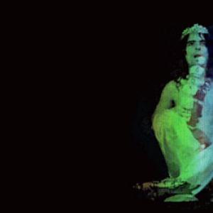 Primer retrato cromo-holograma cilíndrico del cerebro de Alice Cooper