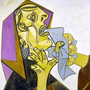 Cabeza de mujer llorando III