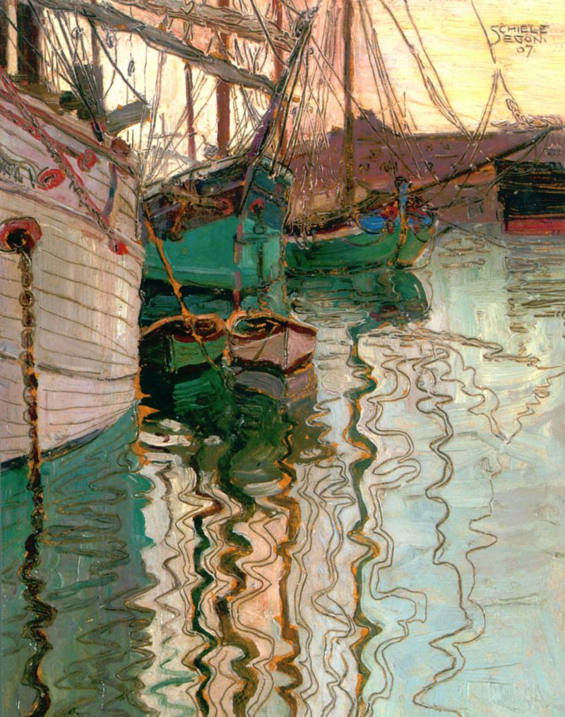 Segelschiffe im wellenbewegtem Wasser.